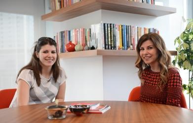 Burcu Özçelik ve Pınar Kalay